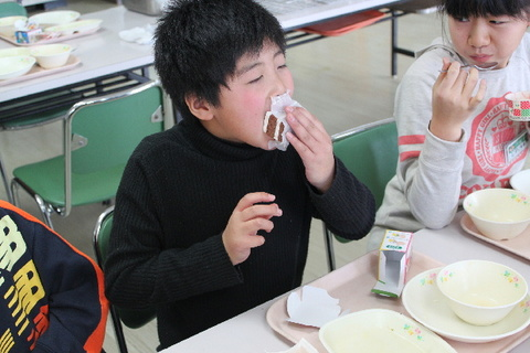 kyusyoku241220 010.jpg